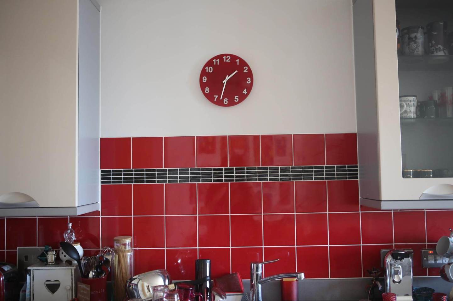 Easy Ways To Put Your Own Stamp On Your Kitchen