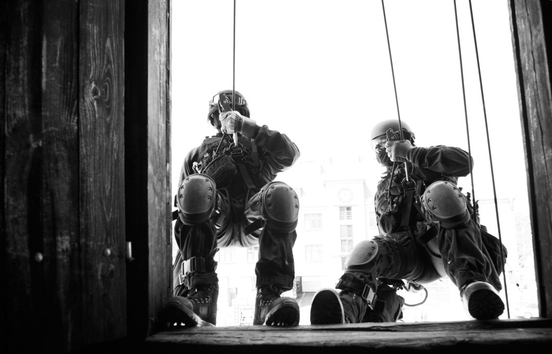 security training rappelling through window