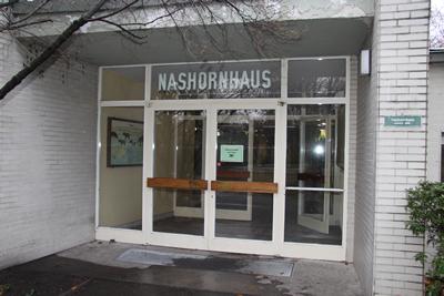 Eingang zum Nashornhaus, 28. Dezember 2009 (Foto: Jeroen Jacobs)