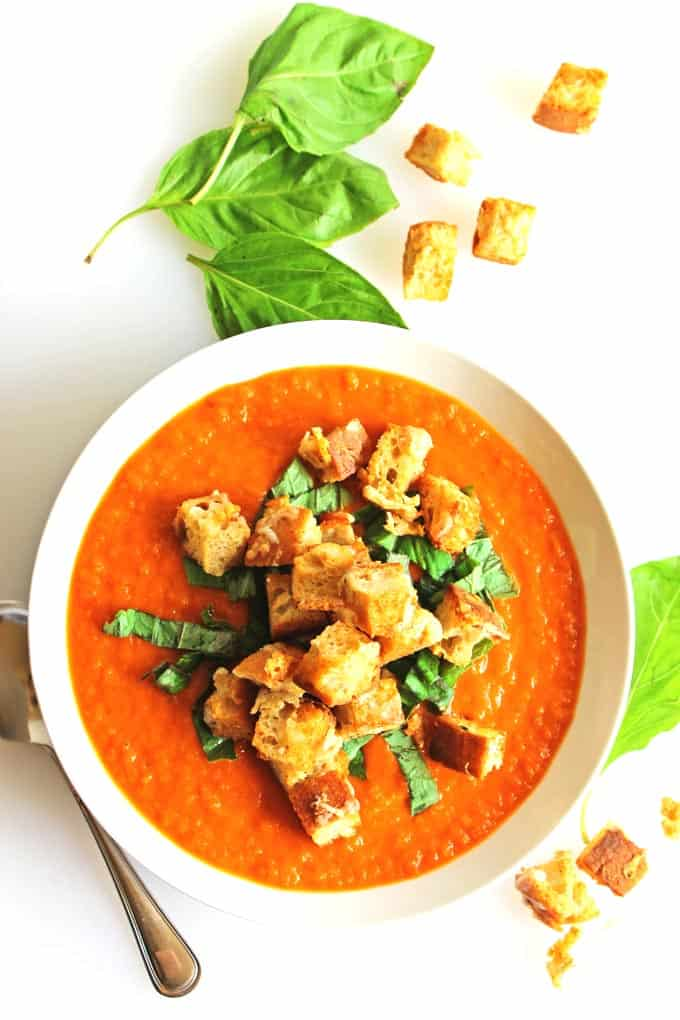 Fresh tomato soup with gruyere croutons recipe. Super simple vegetarian soup that will become your new staple!
