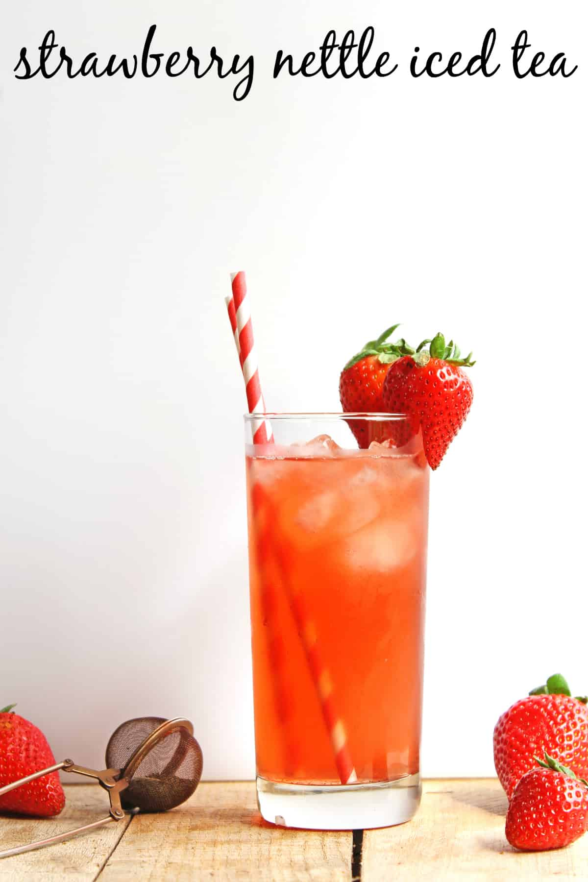 Fresh strawberry nettle iced tea recipe! Super clean and simple recipe with only 3 ingredients! Vegan, vegetarian, gluten free, sugar free, Paleo, low glycemic index. So healthy, so delicious!