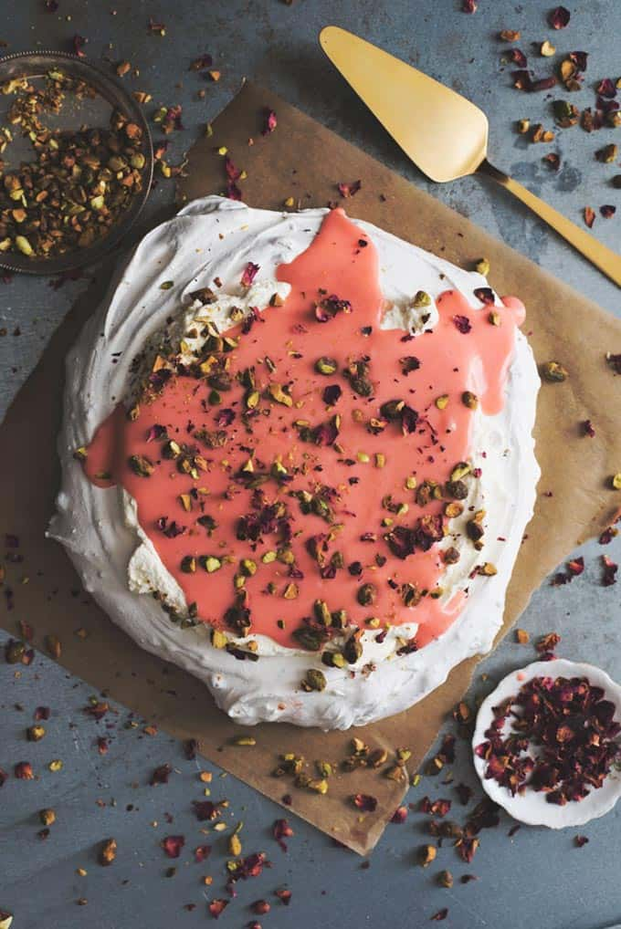 Pistachio pavlova with rhubarb curd + 15 of the BEST vegetarian rhubarb recipes from around the web!