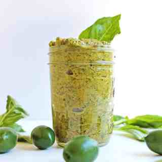 Simple, vegan green olive pesto recipe! Just a handful of ingredients and 5 minutes are all you need to make this bright, herby, briny, delicious pesto. Healthy, vegan, vegetarian, gluten free, SO GOOD!