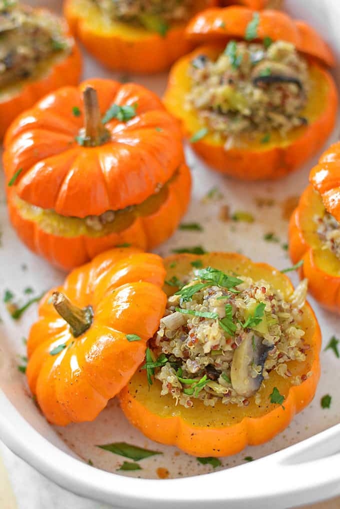 Mushroom and quinoa stuffed mini pumpkins + 15 Farmers market recipes to try this November! Delicious, autumn recipes made with fresh, seasonal produce from your local farmers market or CSA bin. Eat local!