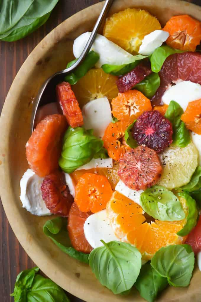 Citrus caprese salad + 15 Farmers market recipes to make in February! Delicious, winter, (mostly) healthy recipes made with fresh, seasonal produce from your local farmers market or CSA bin. Eat local!