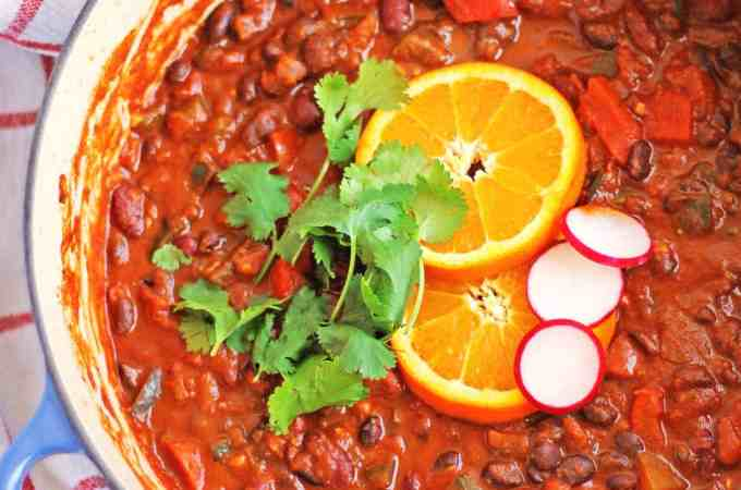 Spicy bean chili with orange and cinnamon