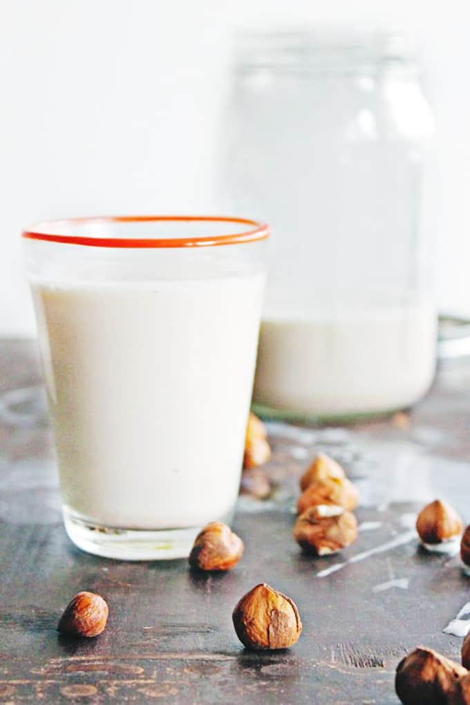 homemade hazelnut milk