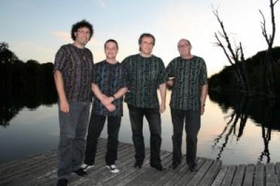 Steelband Rhythm and Steel (vlnr): Enzo Lopardo, Martin R. Lehner, Martin Grah, Daniel Canzani