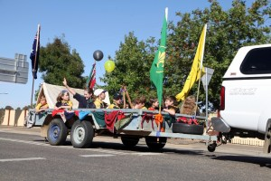 1st Junee Cub Scouts bring the Camp to the 2017 Street Parade