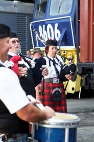 Junee Round House resonates to the sounds of the highland pipes
