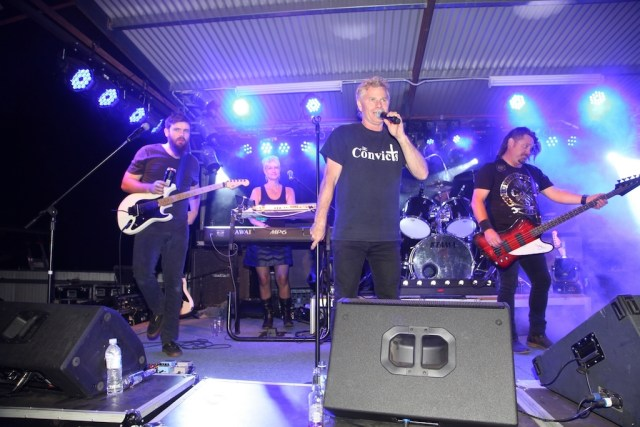 The Convicts performing at the Locomotive Hotel