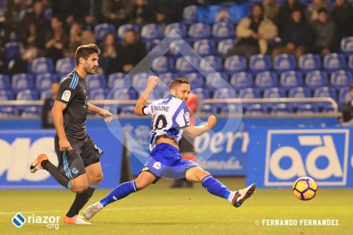 Florin Andone, con dos goles, fue uno de los protagonistas del partido y una pesadilla para la Real.