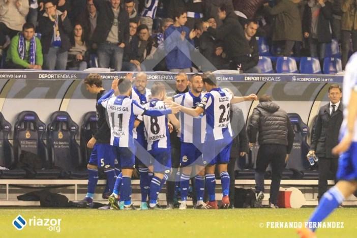 En el último gol, celebración con Garitano.