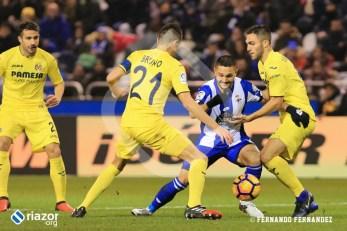 Florin Andone, con una chilena, estuvo a punto de marcar un golazo.