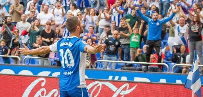Florin Andone celebra su gol contra la Real Sociedad