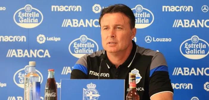 Cristóbal Parralo, entrenador del Deportivo, en rueda de prensa