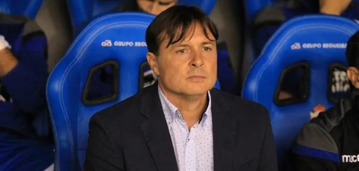 Cristóbal Parralo en el banquillo de Riazor en su primer partido como entrenador del Deportivo