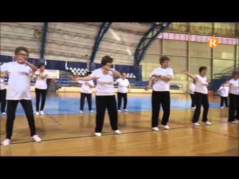 Els usuaris del CEAM celebren el fi de curs amb l'exhibició de gimnàstica