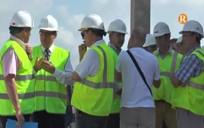 Comos visita les obres d'abastiment d'aigua potable a Algemesí
