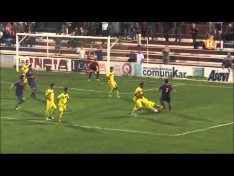 La UD Alzira perd tres punts i el liderat front al Torre Levante
