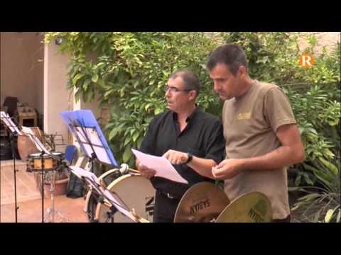 La colla la llocà d'Albalat de la Ribera celebra 10 anys de música, tradició i festa
