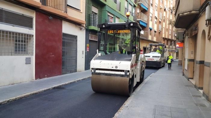 Es destinen 35.000 euros per a la millora asfàltica del carrer Santa Teresa i un tram del carrer Lutxana