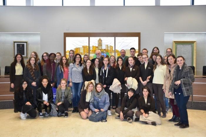 Estudiants alemanys visiten l'Ajuntament de Carlet