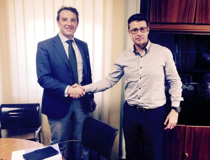El Gerent del Departament de Salut de La Ribera i l'alcalde d'Almussafes acorden futures vies de col·laboració