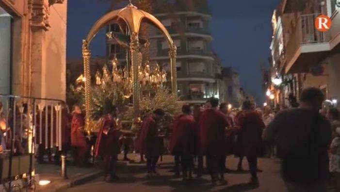 Les festes d'Albalat arriben a la seua fi amb la multitudinària processó del Crist de les Campanes