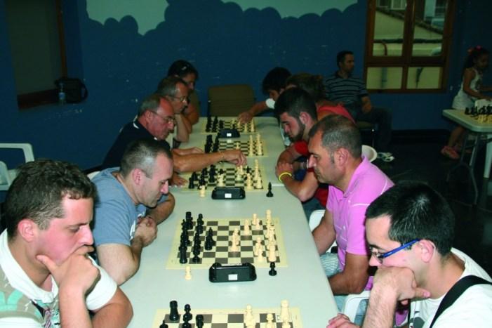 Almussafes, a toc d'escacs