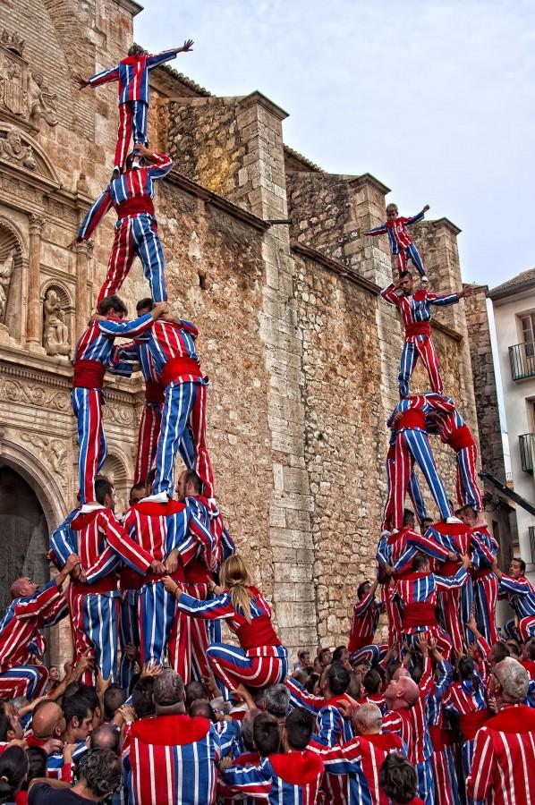 La Processó dels Promeses mostra les primeres muixerangues i balls de les Festes de la Mare de Déu de la Salut d'Algemesí