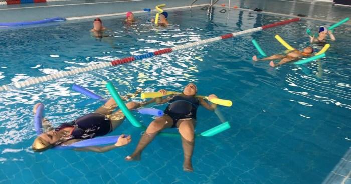 El Departament de La Ribera inicia hui a Alzira i Sueca el seu programa d'exercicis aquàtics per a embarassades