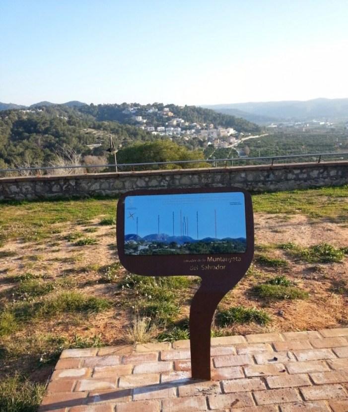 L'Ajuntament d'Alzira reposa els panells informatius de la Muntanyeta