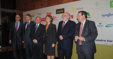 Aguado dice en el 40 aniversario de AVA-ASAJA que el modelo imperante condena al campo valenciano