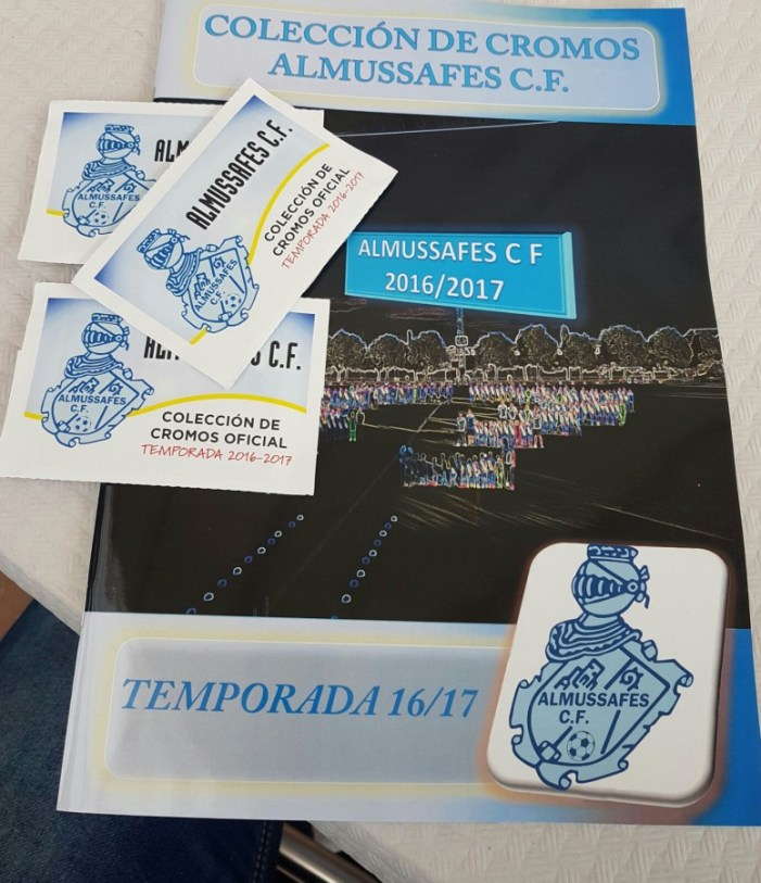 El Club de Futbol Almussafes llança el seu àlbum de cromos de la temporada 2016-2017