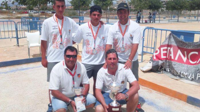 La Delegación Valenciana de Petanca juvenil, representada por los jugadores del CD Petanca Benifaió, logra el título de Campeona de España