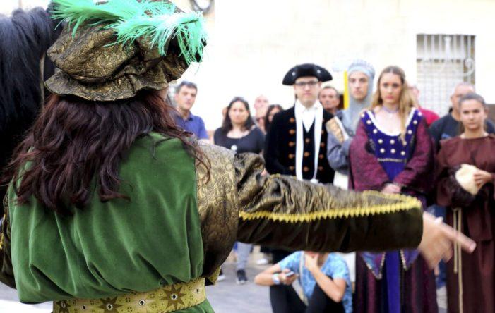 Passejada històrica dramatitzada a l'Alcúdia