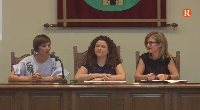 Una xerrada a Benifaió assessora als ciutadans sobre les clàusules abusives