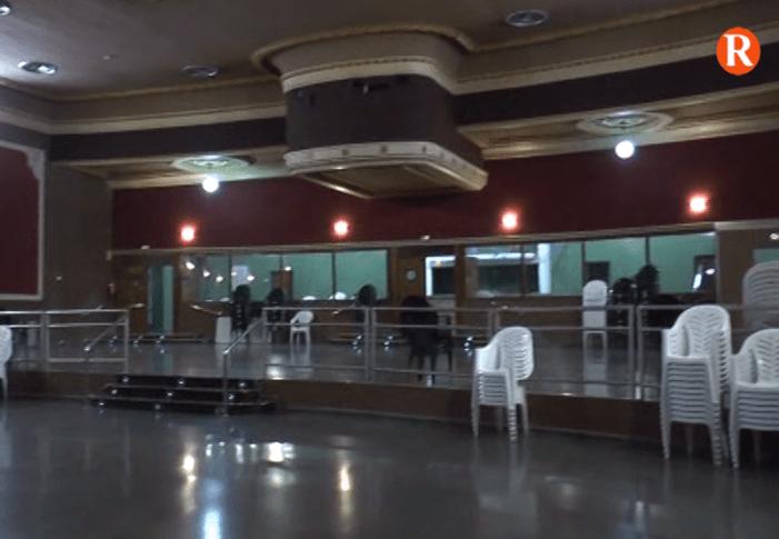 El Cinema Teatre Ricardo Cebolla  de Corbera millora les seues instal·lacions