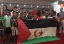 Disset famílies acullen a xiquets sahrauí duran les vacances d'estiu