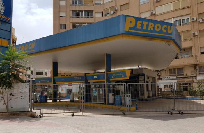 L'equip de govern d'Alzira retira la llicència d'Activitat a l'estació de servei de carburant de l'avinguda Luis Suñer
