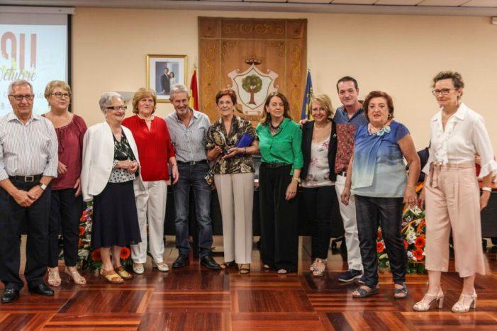 Alberic homenatja a José Cubells pel seu més de mig segle de treball municipal