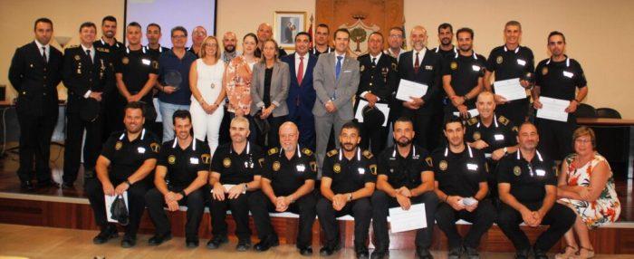 Alberic homenatja a les seues forces de seguretat i emergències