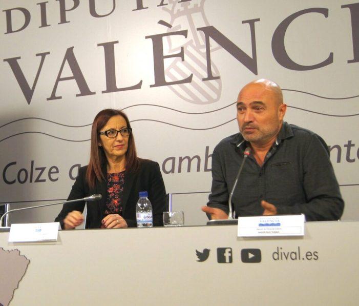 Maria Josep Amigó i Xavier Rius assisteixen a la inauguració del nou Motor de la República de Catarroja