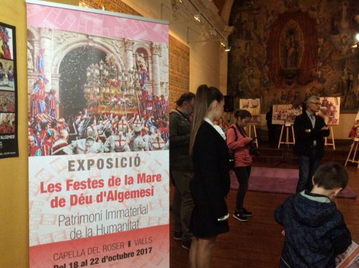 Una exposició fotogràfica mostra la festa de la Mare de Déu de la Salut en la ciutat de Valls