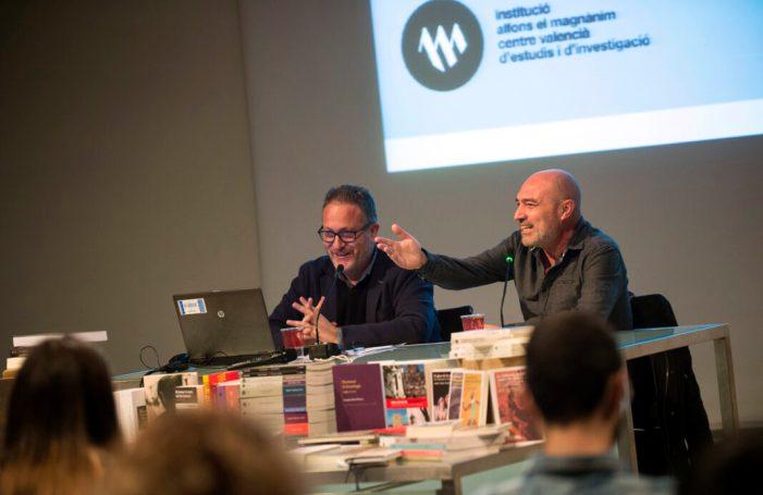El Magnànim incrementa un 60% la producció editorial respecte a 2015 i aposta per l'edició de llibres en valencià i de temàtica variada