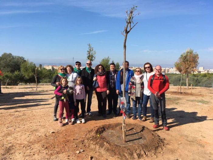 El jugador del cadet de la UD Alzira, Nacho Barberá, tindrà un arbre en la seua memòria a la Urbanització del Racó