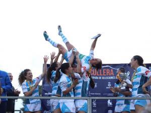 La selecció de Galícia vencedora en el campionat estatal de rugbi femení celebrat a Cullera