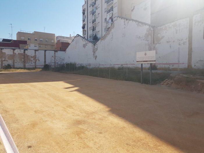 L'Ajuntament condiciona la zona d'aparcament del carrer O'Donnell d'Alzira