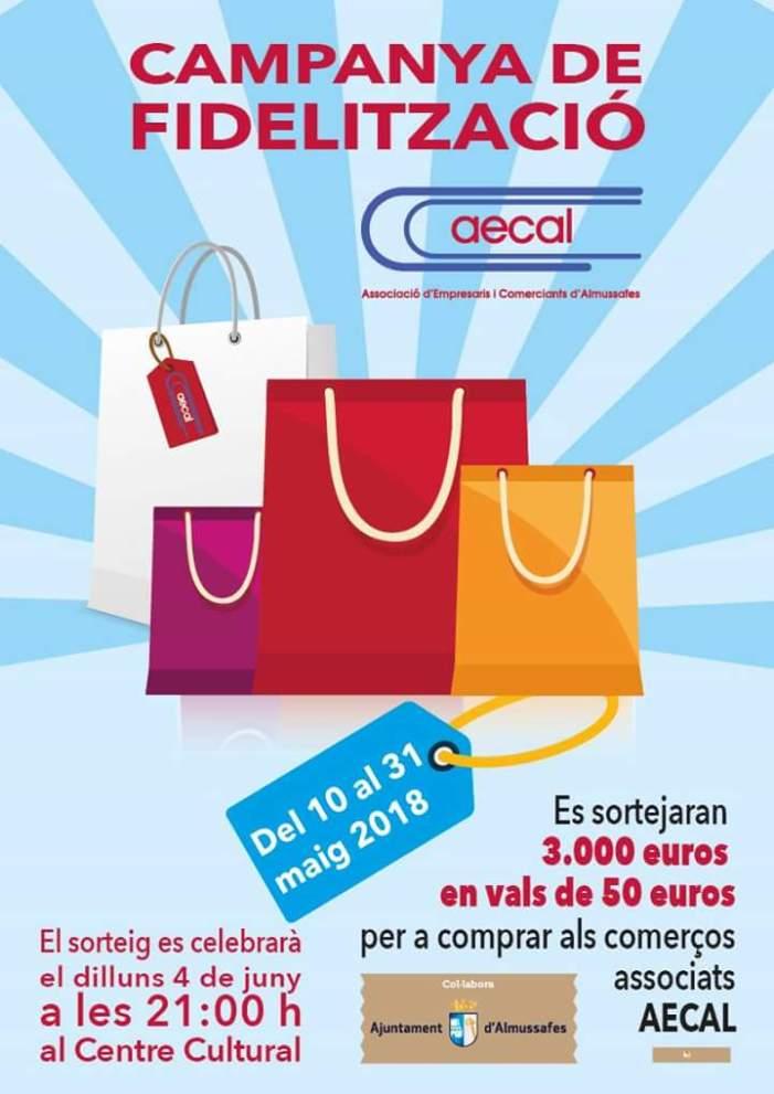 L'Associació d'Empresaris i Comerciants d'Almussafes reparteix entre els seus clients i usuaris participacions per al sorteig, que es realitzarà el 4 de juny